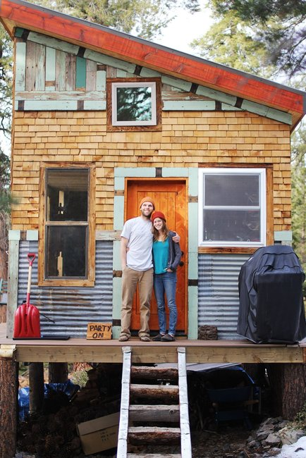 Affordable DIY Self-Sustainable Micro Cabin