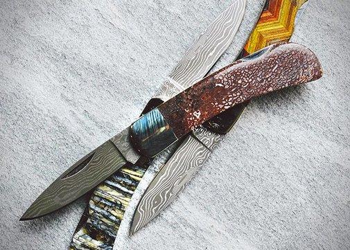 POCKET KNIVES MADE FROM DINOSAUR BONES