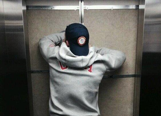Bobsledder Who Got Stuck In Sochi Bathroom Is Now Stuck In Elevator