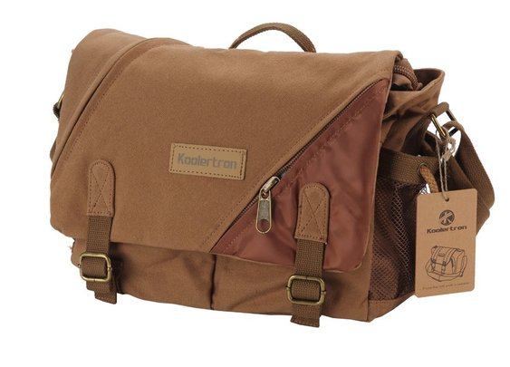 Messenger DSLR Bag ($63 @Amazon)