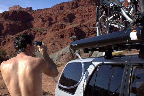 Road Shower Mounts On Roof Racks, Delivers Hot Water