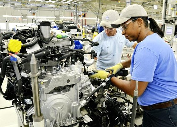 Volkswagen workers reject UAW in huge blow to union