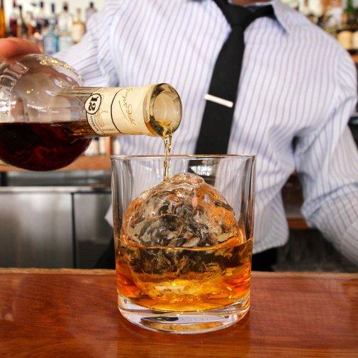 21 Best Whiskey Bars In America - Thrillist Nation