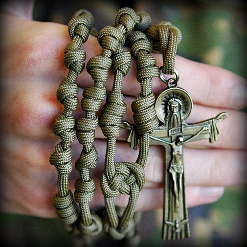 Combat Rosary made of paracord Ranger Rosary style.