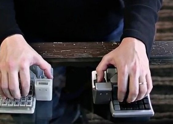 King's Assembly puts keyboard, mouse and joystick at your fingertips