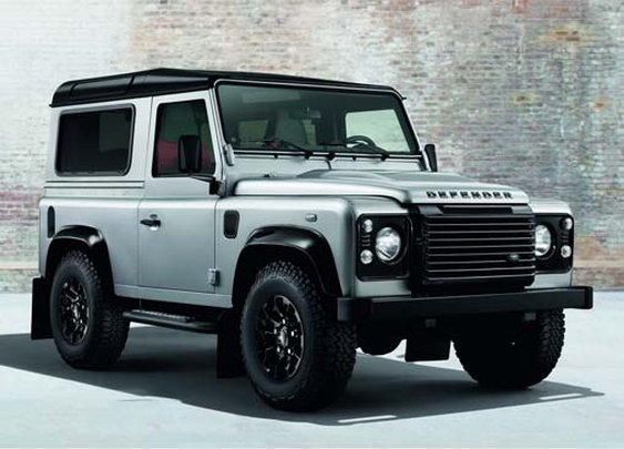 Land Rover Defender To Debut Black And Silver Option Packs at the Geneva Motor Show