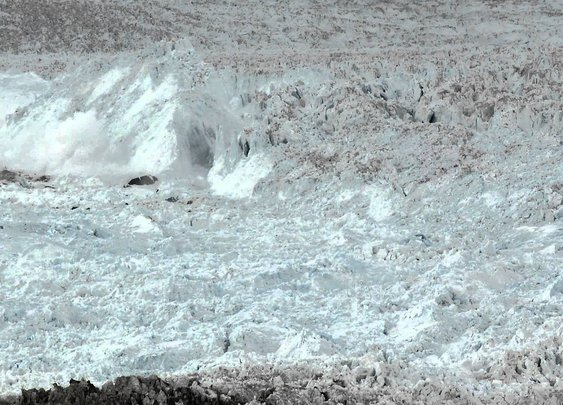 Largest glacier calving ever filmed (VIDEO)