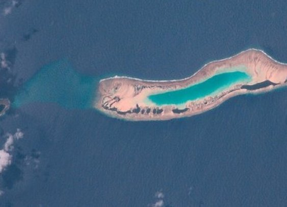 Marshall Islands: Islands 'grow back' after Pacific storm