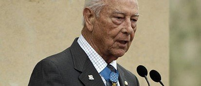 D-Day veteran,  Medal of Honor recipient, Walter Ehlers dies at age 92 | The Daily Caller