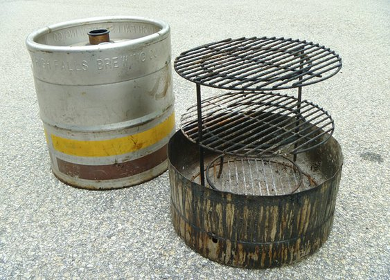 Beer Keg Smoker.