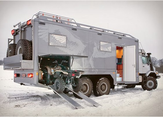 MERCEDES-BENZ ZETROS | 6X6 EXPEDITION VEHICLE