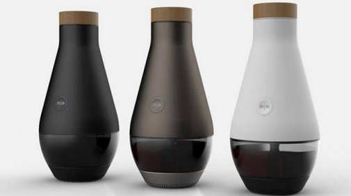 The Miracle Machine turns water (and a few added ingredients) into wine