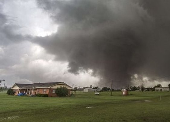 Great Walls of America 'could stop tornadoes'