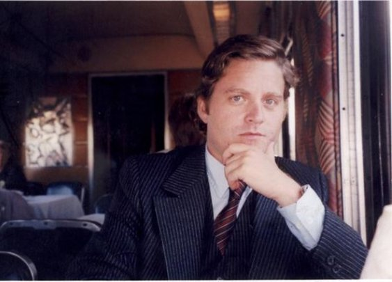 A Clean Shaven Zach Galifianakis
