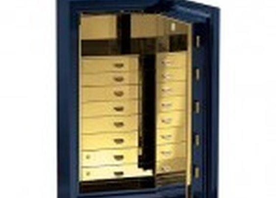 Traum Heirloom Luxury Safe | StashVault