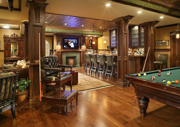 Pub Inspired Basement