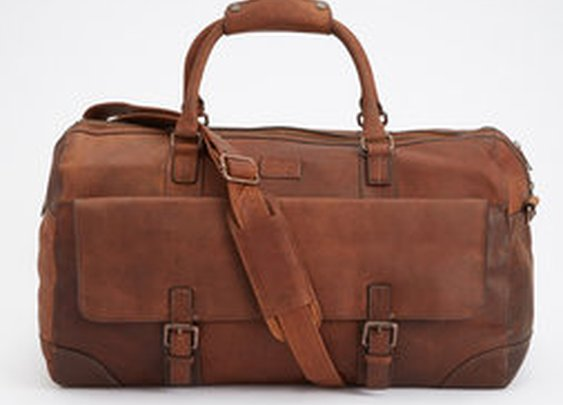 Holkham Leather Weekender - The British Belt Company - Bags : Thrillist