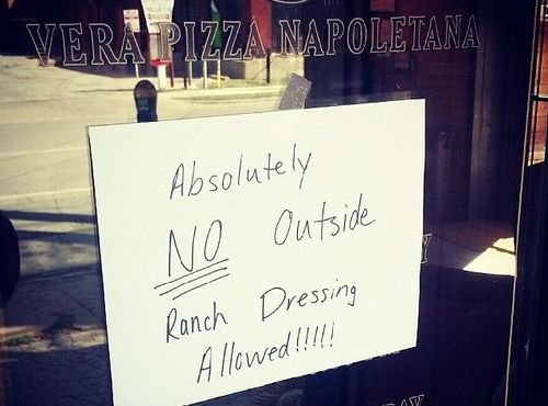 Dallas Pizzeria Bans People From Bringing in Ranch Dressing