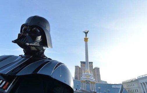 'Darth Vader' runs for president of Ukraine - Yahoo News