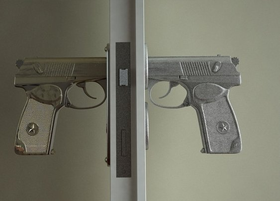 Unnerving Entry: Bang-Bang Door Handle Shaped Like Gun | Designs & Ideas on Dornob