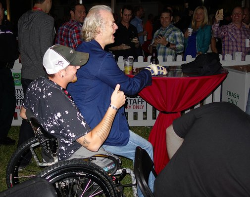 Bill Murray makes double amputee's night the only way he knows how