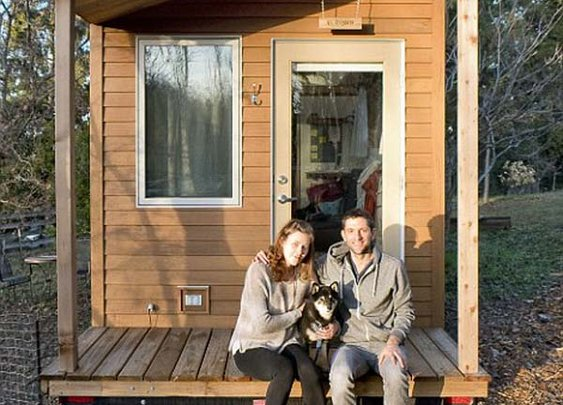 A 31 Year Old Was Sick Of Expensive Rent And High Costs. What He Did Took Guts… But Look Inside. | Geekfill