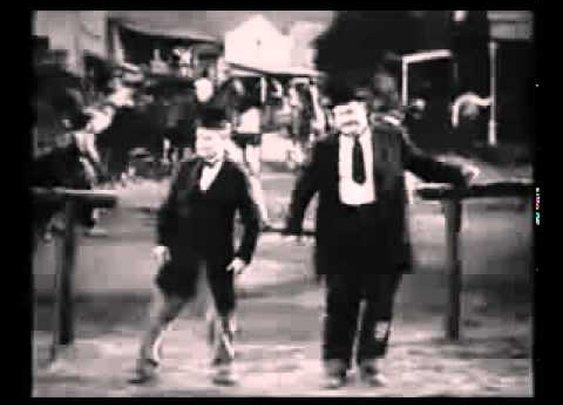 Laurel & Hardy dance Santana