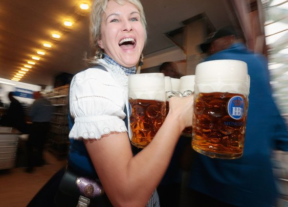 25 Amazing Facts for National Beer Day | Mental Floss