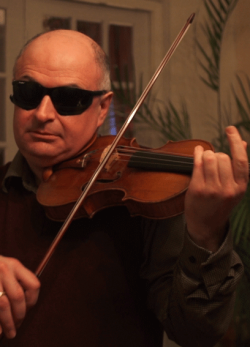 Blind-tested soloists unable to tell Stradivarius violins from modern instruments