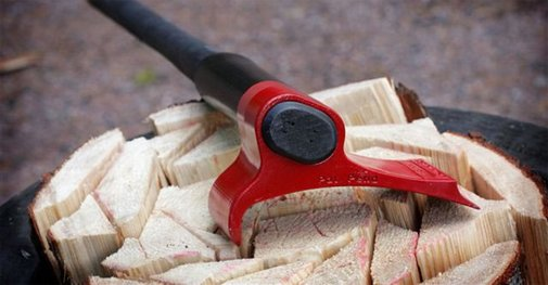 Got A Wood-Burning Stove? After You See This Weird Axe In Action It Will Be The Only Axe You'll Ever Want