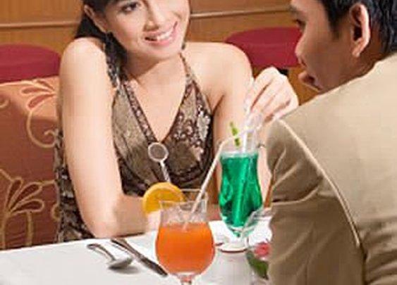 Dinner Still the Most Popular First Date Destination | Premier Match