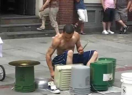 Amazing Street drummer - One of the best i've seen. - YouTube