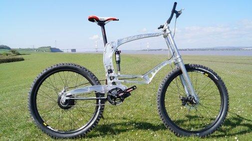 NOAH bike showcases outside-of-the-box suspension