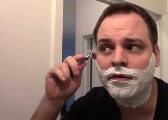 How to Shave with a Safety Razor - YouTube