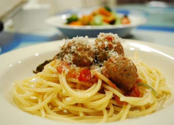 The Man's Cooking Arsenal: Meatballs