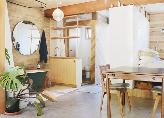 Outbuilding of the Week: Garage Turned Studio Apartment: Gardenista