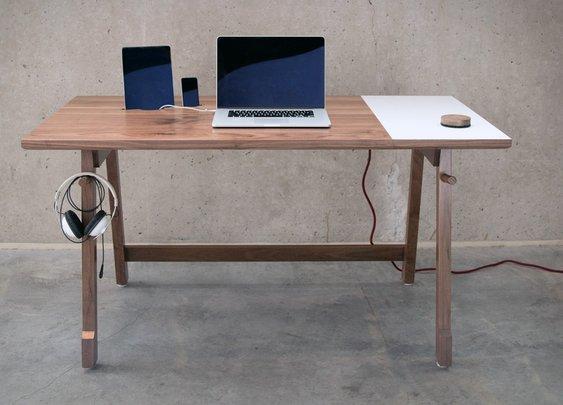 Artifox Desk | Uncrate