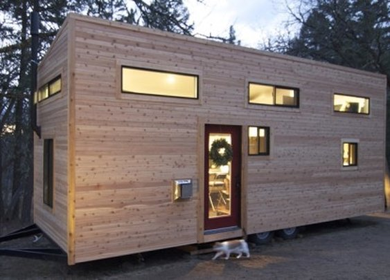 Couple builds tiny house for US$33k, releases plans