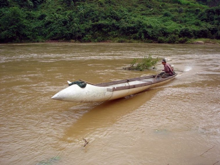 Vietnamese Speedboats Made From USAF Fuel Tanks