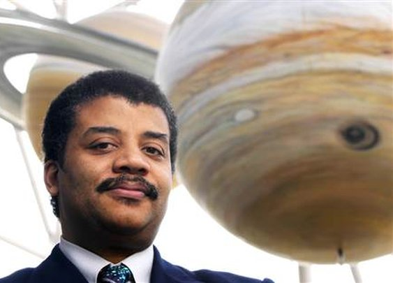 Neil deGrasse Tyson Lists 8 (Free) Books Every Intelligent Person Should Read - Open Culture |  Open Culture