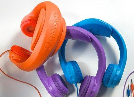 HeadFoams: Bendy foam headphones for kids