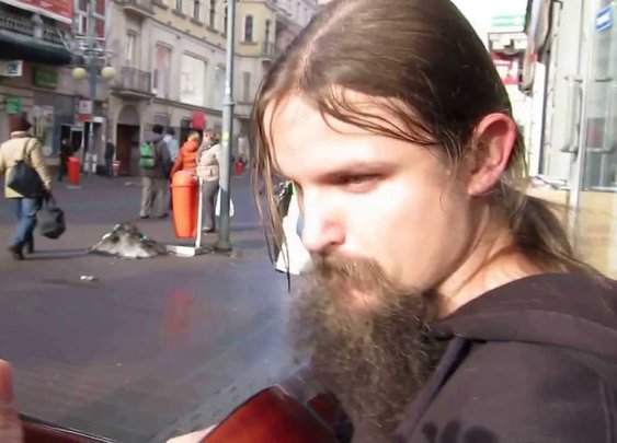"""Street Musician Mariusz Goli """"Improwizacja"""" Katowice Stawowa - YouTube"""