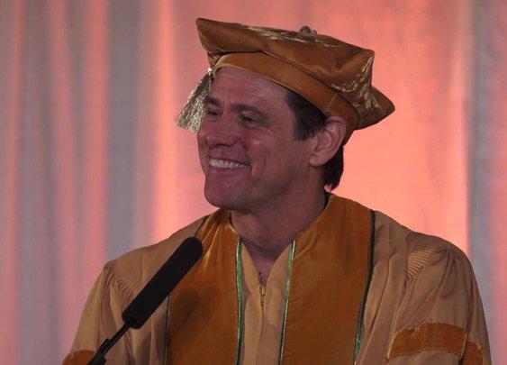 Full Speech: Jim Carrey's Commencement Address at the 2014 MUM Graduation - YouTube