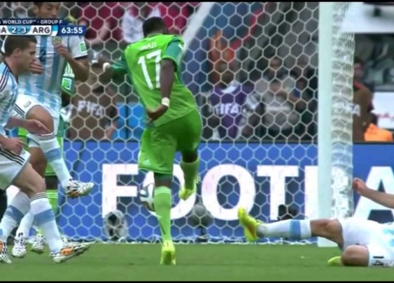 Babatunde Breaks his Arm - Nigeria vs Argentina - World Cup - YouTube