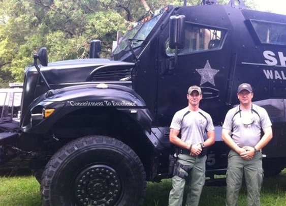 » 'Virtually Crime Free' County in Florida Gets MRAP Armored Vehicle Alex Jones' Infowars: There's a war on for your mind!