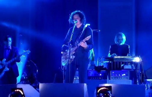 Jack White cut off by venue, keeps performing anyway - Alternative Press