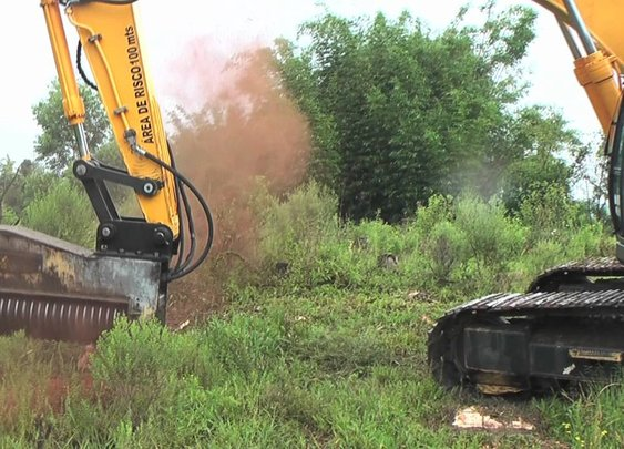 Excavator mulchers - Land clearing equipment