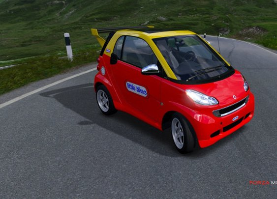 Smart Car Cozy Coupe Puts Childlike Fun Back In Driving