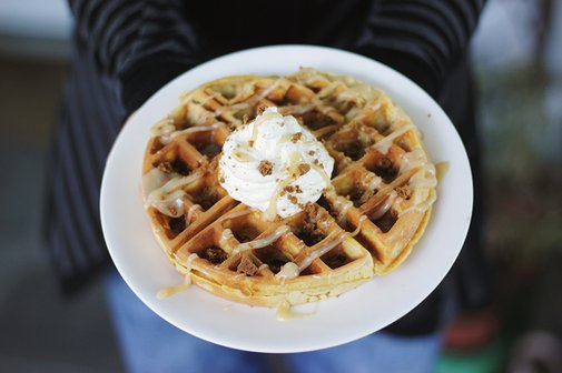 10 Waffle Toppings