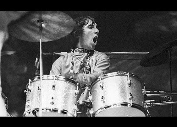Top 10 Rock Drummers - YouTube